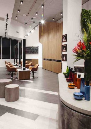 #Ondertussenbijdeburen: Salons in België open, in Duitsland per 1 maart